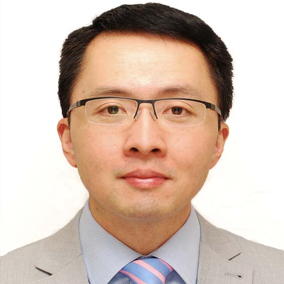 A picture of Dr Patrick Yu Wai Man